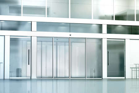 Leeg commercieel de ingangsmodel van het de bouwglas, het 3d teruggeven. Zakelijke galop gesloten toegangsmap omhoog. Buitenkant buitenhuissjabloon stadsbank. Corporation gevelarchitectuur, vooraanzicht.