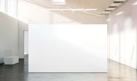 맑은 현대 빈 갤러리, 3d 렌더링에 빈 흰 벽을 mockup. 박물관에서 현대 미술 전시회가 열리는 큰 스탠드를보십시오. 넓은 홀 인테리어 와이드 배너 박람회 템플릿.