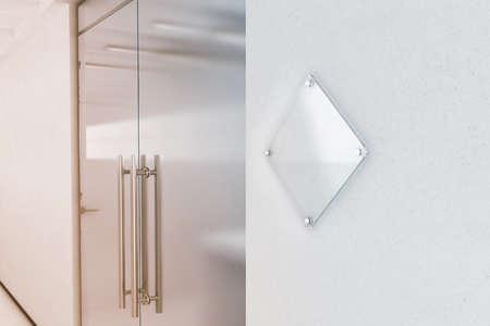 空白のひし形透明ガラス サイン プレート モック、3 d レンダリング