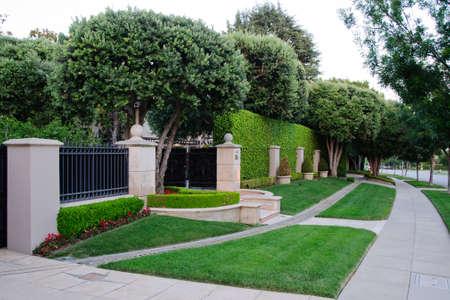 frontyard: House with frontyard and garden path USA