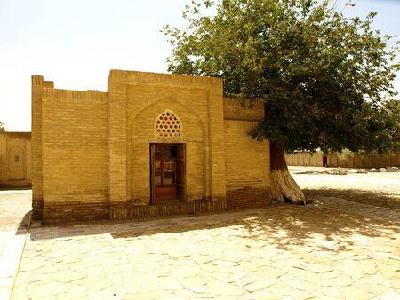 necropolis: Chor-Bakr necropolis