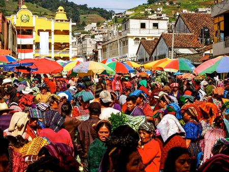 Almolonga - Guatemala - September 8, 2014 Almolonga market in Guatemala Stok Fotoğraf - 116580874