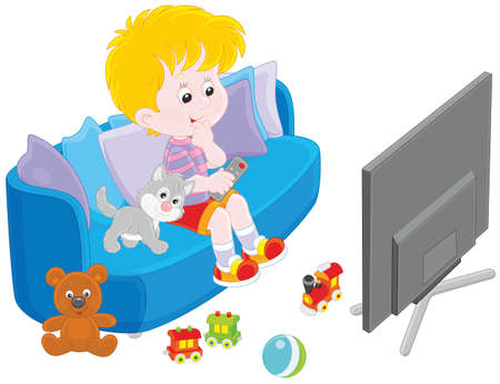 kleine jongen zittend op de bank en tv-kijken