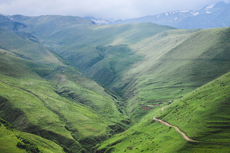 Beautiful view of the green mountain landscapes Imagens