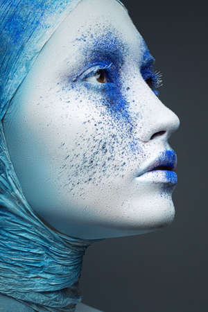 art woman with creative make-up