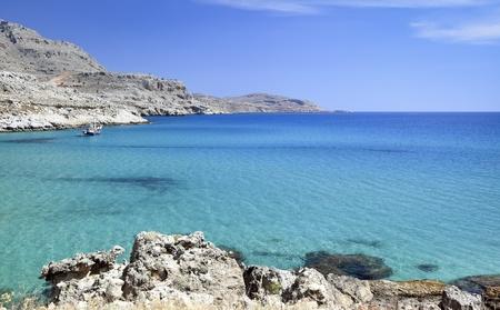 paisaje mediterraneo: Paisaje esc�nico mediterr�neo, Isla de Rodas Grecia Foto de archivo