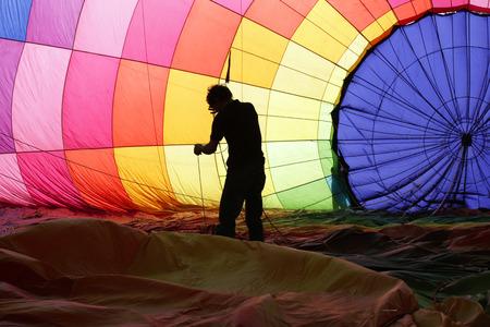 mounting: mounting balloon