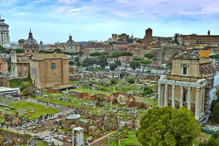 A view from The Roman Forum which is the most important forum in ancient Rome, situated on low ground between the Palatine and Capitoline hills. 免版税图像