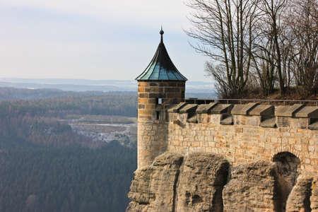 Turm der deutschen Burg Königstein Standard-Bild - 69979361