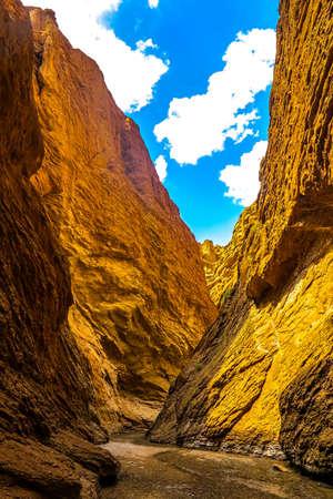 Tianshan Mysterious Grand Canyon Landscape Breathtaking Picturesque View Point 免版税图像