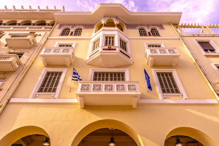 Thessaloniki Aristotelous Public Square Multi Level Building Low Angle View 版權商用圖片
