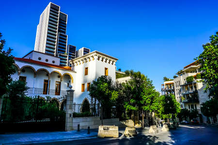Beirut Multi Level Villas and Apartments in Tranquil Clean District Stockfoto