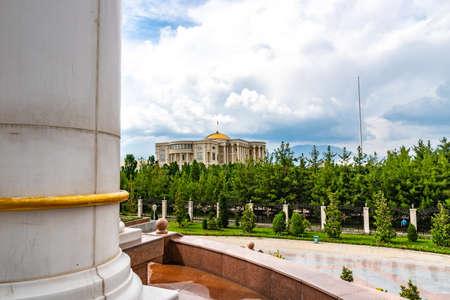 Dushanbe Palace of Nations Breathtaking Picturesque View on a Sunny Blue Sky Day Redakční