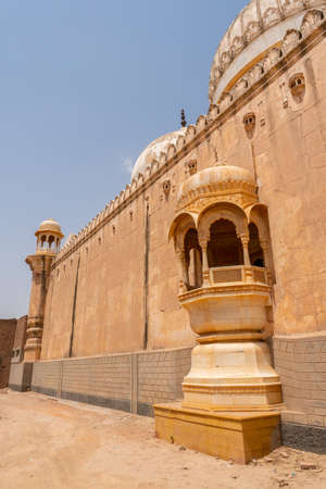 Derawar Abbasi Mosque Breathtaking Picturesque Facade View next to Nawab Palace on a Sunny Blue Sky Day