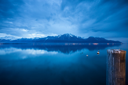 lac: lac leman in winter