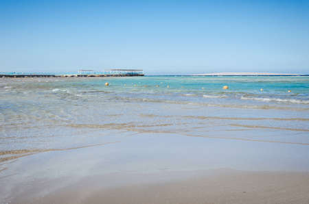 picture of the beautiful view of sea with blue skies/Empty summer beach on the sea and sunny sky Foto de archivo - 146564252