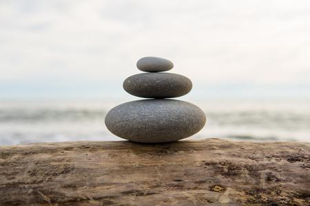 sea ??pebble against the sea