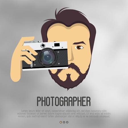 Хипстер, бородатый мужчина с камерой, фотографирует. Реалистичная векторная иллюстрация для логотипа фотографа, оператора, режиссера. Векторные иллюстрации.