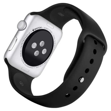 puls: Warna, Bułgaria - 16 października 2015: Apple Obserwować Sport 42mm Srebrna Aluminiowa obudowa z Black Sport Band. Powrót pełni korzystać ostry. Pojedynczo na białym tle.