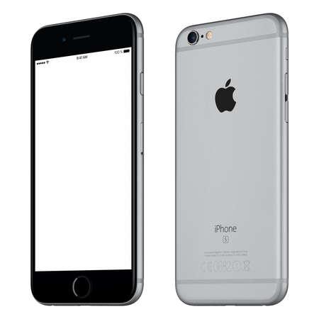 Varna, Bulgarije - 24 oktober 2015: Front view of Space Gray Apple iPhone 6S mockup beetje naar rechts gedraaid met het witte scherm en de achterkant van de Apple-smartphone. Geïsoleerd op wit.