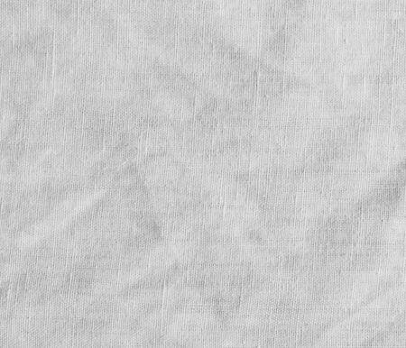 Textura blanca con estampado a rayas delicado. Lona de algod�n natural.