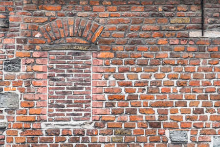 paredes de ladrillos: pared de ladrillo viejo en Gante, Flandes, Bélgica Foto de archivo
