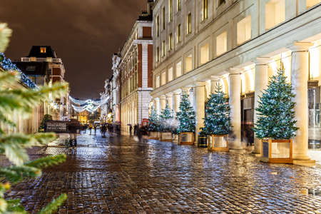 victorian christmas: Christmas lights 2016 in Covent Garden, London, England