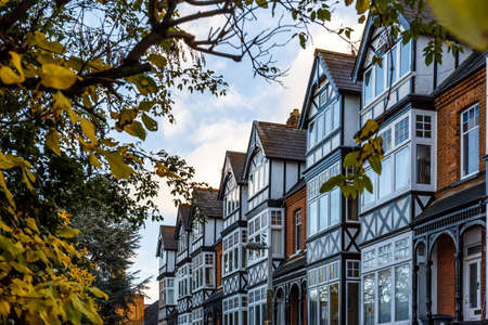 Private house in Richmond suburb of London in autumn, London Banco de Imagens