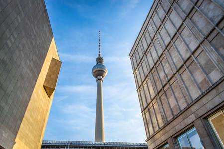 Berliner Fernsehturm in summer evening, Berlin