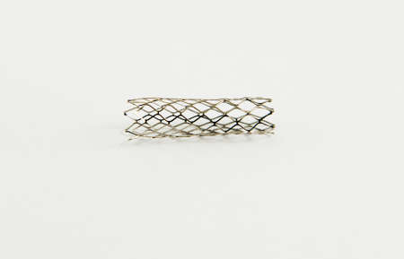 aneurism: mesh metal balloon-expandable stent for endovascular surgery