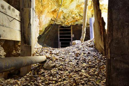 Innere eines alten, verlassenen Goldmine in Colorado