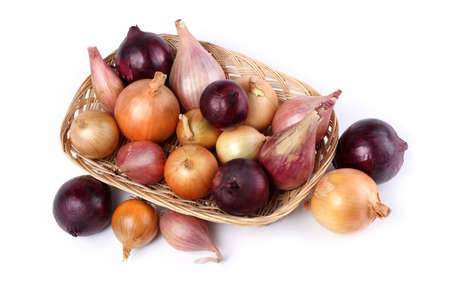 Different color onions pn tray