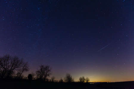 falling star: Meteor shower