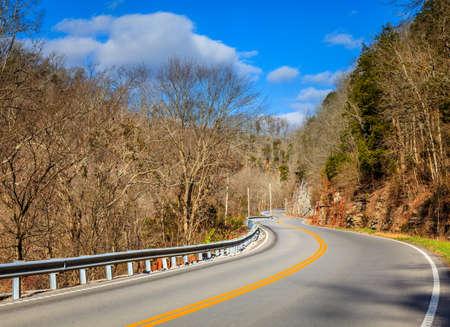 Country highway 版權商用圖片