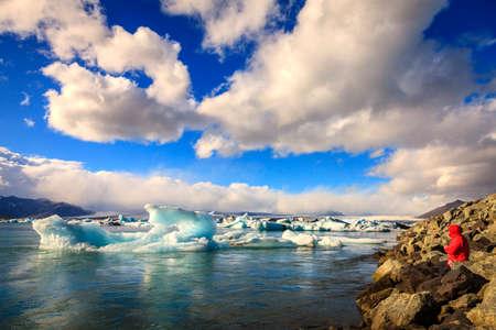 jokulsarlon: Icebergs floating in Jokulsarlon Lagoon in Iceland