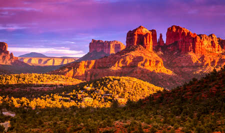 arizona sunset: Scenic view of Cathedral Rock in Sedona, Arizona in the evening light