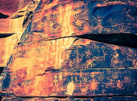 cottonwood: Indian petroglyphs on a rock face near Cottonwood, Arizona