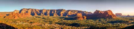 mesa: Panoramic view of Red Rock formations from airport Mesa in Sedona, Arizona Stock Photo