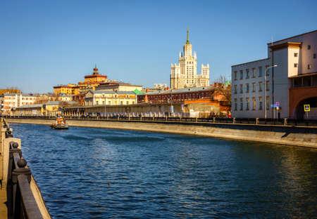 Ozerkovskaya Embankment of Bypass Canal in downtown Moscow, Russia 版權商用圖片