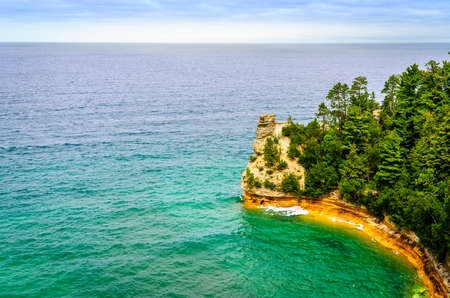 Scenic view of Miners Castle rock formation in Pictured Rocks National Lakeshore on Upper Peninsula, Michigan Imagens