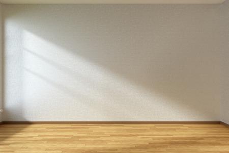 白い壁と窓から明るい太陽の下で木のフローリングと空の部屋