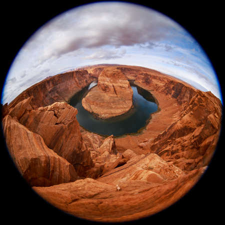 herradura: Circular fisheye view on Horseshoe Bend on Colorado River in Glen Canyon near Page, Arizona USA. Famous Horseshoe Bend of the Colorado River in northern Arizona. Horseshoe Bend canyon at autumn sunset