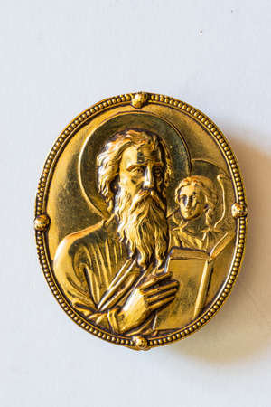 Golden epistle symbol