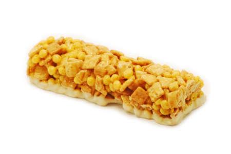 barra de cereal: Barra de cereal aislado sobre fondo blanco
