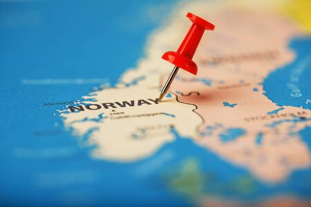 Multi-colored buttons indicate the location and coordinates of the destination on the map of Norway. Concert button indicates countries and cities of Europe