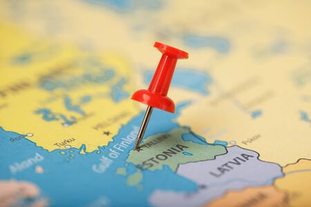 Multi-colored buttons indicate the location and coordinates of the destination on the map of Estonia. Concert button indicates countries and cities of Europe