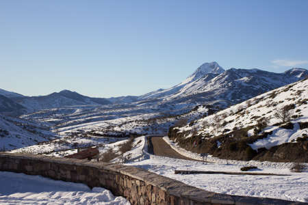 snow covered mountain: Road to snow covered mountain
