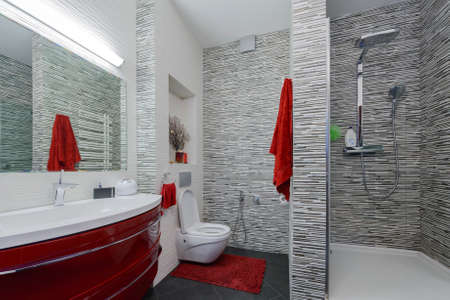 bathroom interior: interior beautiful bathroom