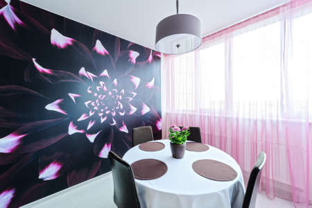 interior desing: Dining room in bright colors in a modern style