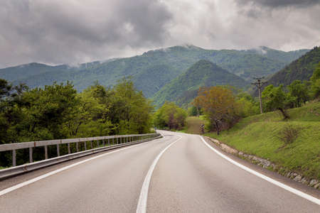 Transalpina 山道、ルーマニアのカルパティア山脈での夏の風景 写真素材